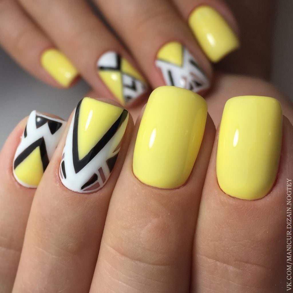 Маникюр лето 23. Модные летние мотивы на ногтях ( 23 фото)