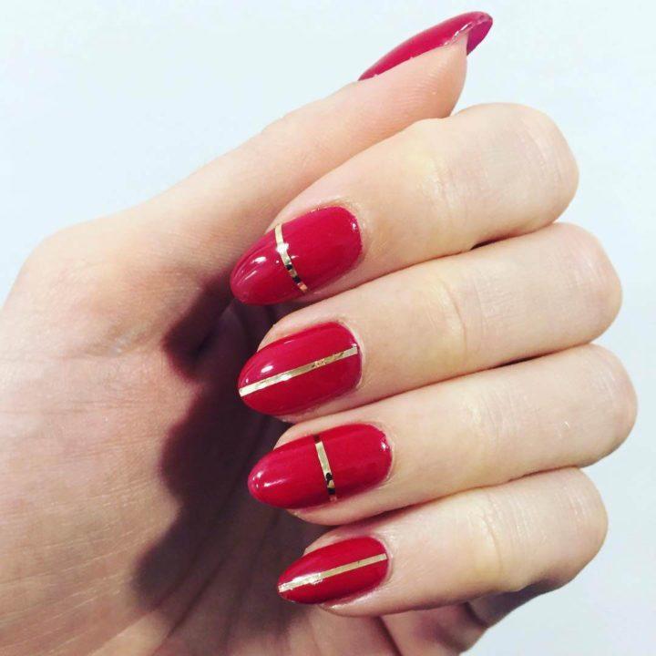 Удивительно дизайн ногтей 24 красный с золотом