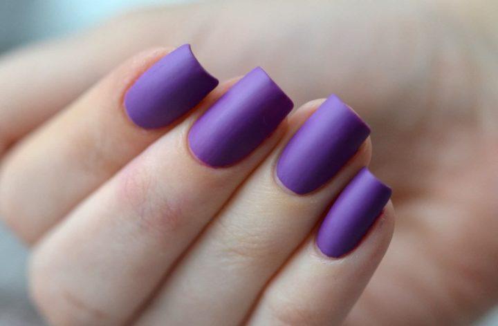 Дизайн ногтей фиолетового цвета