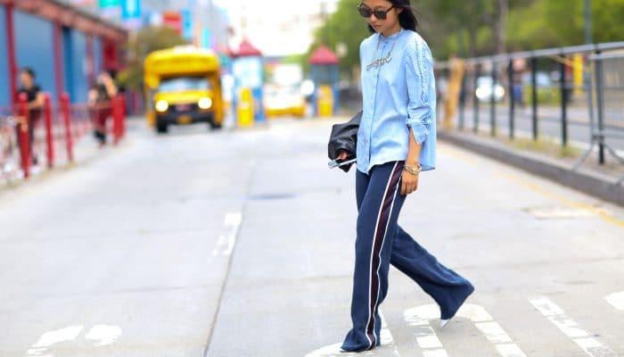 С чем носить брюки с лампасами? (53 фото)