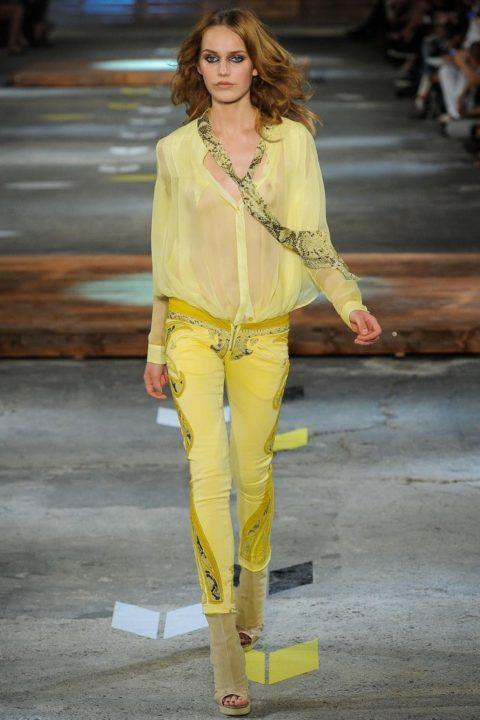 Элегантные женские блузы ( 58 фото)
