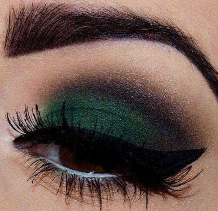how to make dark green