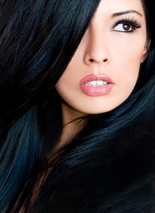 На смуглую кожу какой цвет волос фото