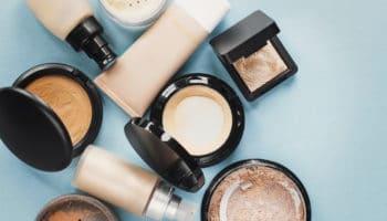 Как вывести с одежды пятна от тонального крема – универсальные лайфхаки