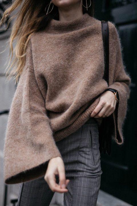 https://womans.ws/wp-content/uploads/2019/09/1bfc4bd64d98b1e1f75305a32f1a82b7-mohair-sweater-the-cool.jpg