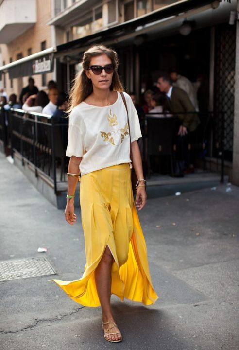 https://womans.ws/wp-content/uploads/2019/09/7174dc4758f4bc2354132f81d942f6c2-yellow-maxi-skirts-flowy-skirt-e1569831491113.jpg
