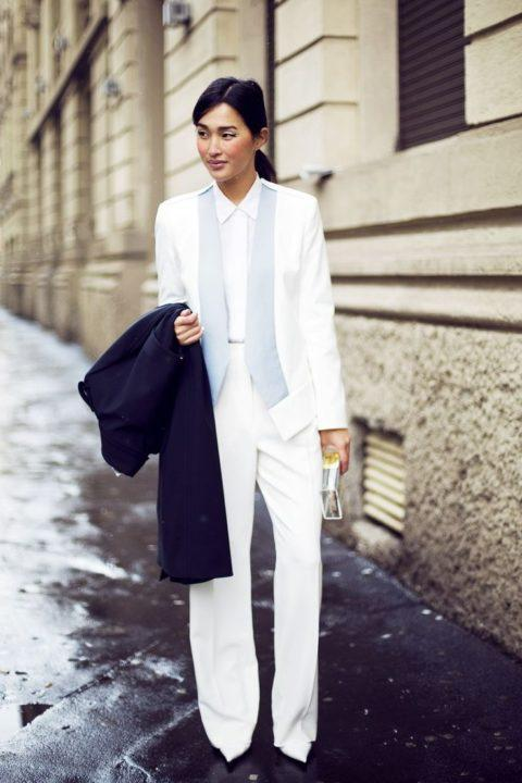 https://womans.ws/wp-content/uploads/2019/09/8c5c9824450d85f077e8975c0ea0d49c-gary-pepper-girl-white-dress-shirts.jpg