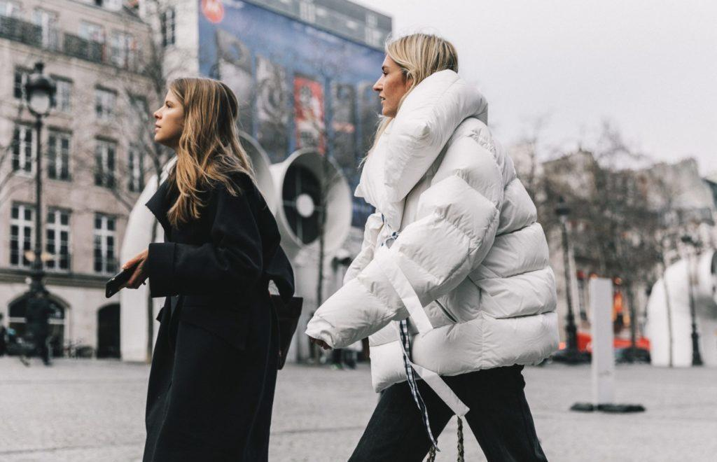 https://womans.ws/wp-content/uploads/2019/09/Couture_Paris_Fashion_Week-PFW-Street_Style-Chanel-Vetements-Outfit-Collage_Vintage-260-1800x1200-e1569875614537-1024x660.jpg