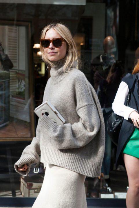 https://womans.ws/wp-content/uploads/2019/09/a75508a6784ddc58e39531d5a9df290b-paris-street-styles-street-style-fashion.jpg