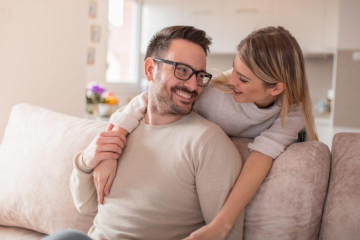 Как понять, что мужчина в тебя влюблен?