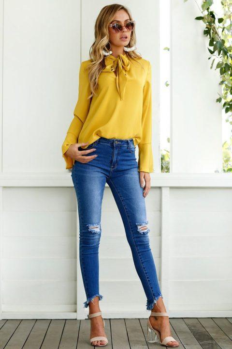 картинки блузки с джинсами представители