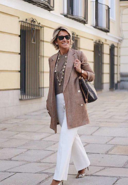 Роскошный гардероб для женщин после 50 (51 фото)