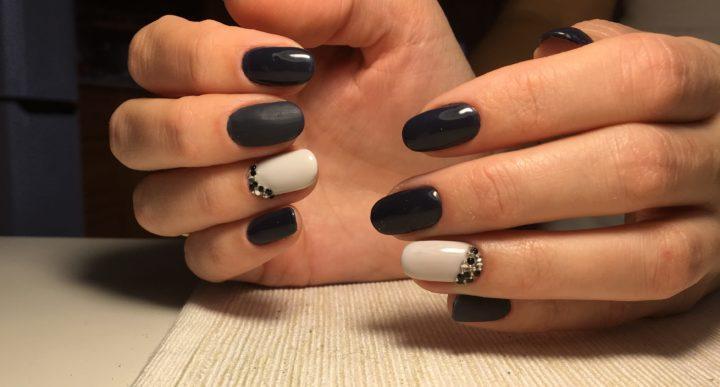Ногти черным и белым лаком фото