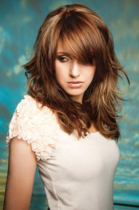 Прически для стрижки каскад на длинные волосы фото