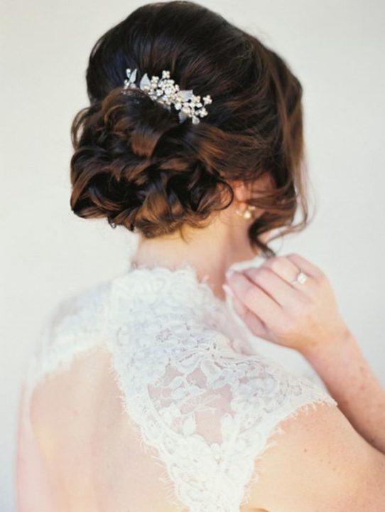 Свадебные прически (65 фото) - На все типы волос в 2018 году